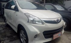 Jual Mobil Toyota Avanza Veloz 2012