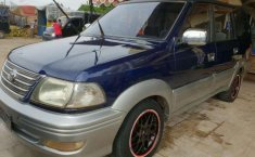 Toyota Kijang 2002 dijual