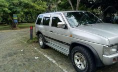Nissan Terrano  1998 Silver