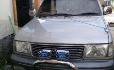 2000 Toyota Kijang dijual