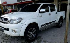 Toyota Hilux (G) 2011 kondisi terawat