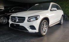 Jual Mobil Mercedes-Benz GLC 200 AMG Line 2018