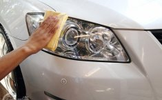Jangan Sembarang Bersihkan, Inilah Tips Merawat Mika Bening Pada Mobil