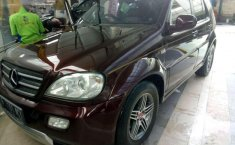Mercedes-Benz 320 2000 terbaik