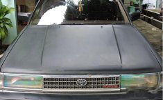 Toyota Cressida 2.0 NA 1989 Hitam