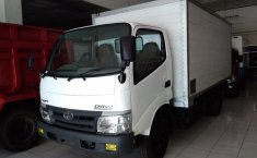 Jual Mobil Toyota Dyna Manual 6R CHASIS 110 PS FT 2012