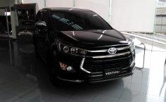 Jual Toyota Innova Venturer 2.4Q M/T 2019