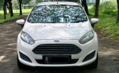 Jual Mobil Ford Fiesta Trend 2013