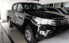 Toyota Hilux 2.4 E Dbl Cabin 4x4 Diesel M/T 2019