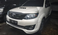 Jual Mobil Toyota Fortuner TRD 2013