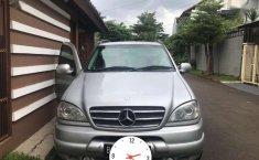2000 Mercedes-Benz 320 dijual