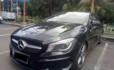 Mercedes-Benz CLA  2015 Hitam