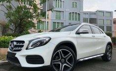 Mercedes-Benz GLA () 2017 kondisi terawat