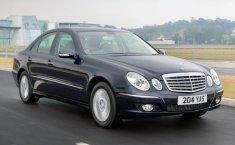 Sedan Mewah Rp 100 Jutaan, Inilah Tips Beli Mercedes-Benz E-Class W211 Bekas