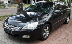 Jual Mobil Honda Accord VTi-L 2005
