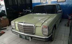 Mercedes-Benz 230E W123 L4 2.3 Manual 1976 harga murah