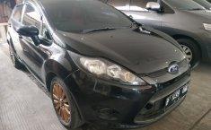 Jual Ford Fiesta Trend 2011