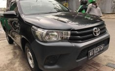 Jual Toyota Hilux 2.5 NA 2015