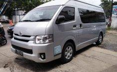 Jual Mobil Toyota Hiace High Grade Commuter 2015