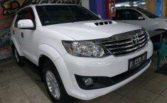Jual mobil Toyota Fortuner G 4x4 VNT 2012