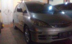 2001 Toyota Previa dijual
