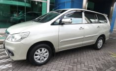 Jual Toyota Kijang Innova 2.0 E 2013