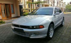 Mitsubishi Galant  1999 Silver
