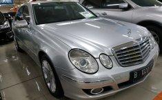 Jual mobil Mercedes-Benz E-Class E 230 2009