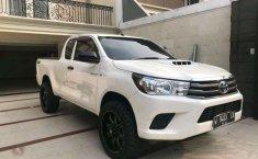 Jual Toyota Hilux E 2015