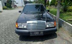 Mercedes-Benz 200E 1987 dijual