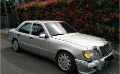 Mercedes-Benz 300E 1992 dijual