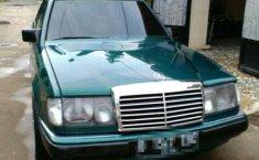 Mercedes-Benz 200 1987 terbaik