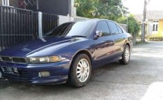 2000 Mitsubishi Galant dijual