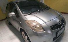 Jual Mobil Toyota Yaris E 2007
