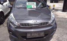Jual mobil Kia Rio 2014