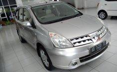 Jual Mobil Nissan Grand Livina XV 2010