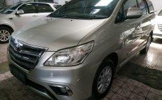 Jual mobil Toyota Kijang Innova 2.0 V 2013