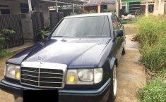 Mercedes-Benz 300E () 1988 kondisi terawat