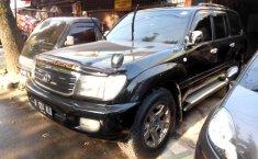 Jual Mobil Toyota Land Cruiser Sahara 2000