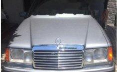 Mercedes-Benz 230E (W124) 1991 kondisi terawat