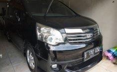 Jual Toyota NAV1 V 2013