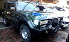 Jual Mobil Toyota Land Cruiser 4.2 VX 1995