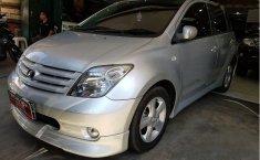 Toyota IST () 2006 kondisi terawat