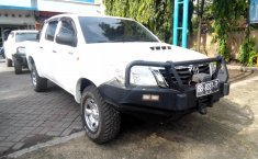 Jual Mobil Toyota Hilux 2.5 Diesel NA 2015
