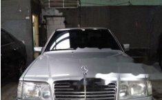 Mercedes-Benz 230E 1992 terbaik