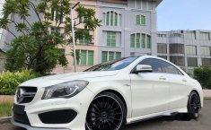 Mercedes-Benz CLA45  2015 Putih