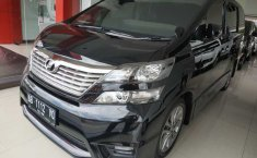Jual Toyota Vellfire 2.4 NA 2010