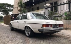 Mercedes-Benz 230E (2.3 Manual) 1980 kondisi terawat