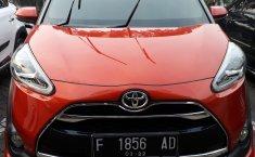 Jual Mobil Toyota Sienta Q 2016