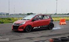Daihatsu Ayla Turbo Concept Mengaspal di Sirkuit GBT Surabaya
